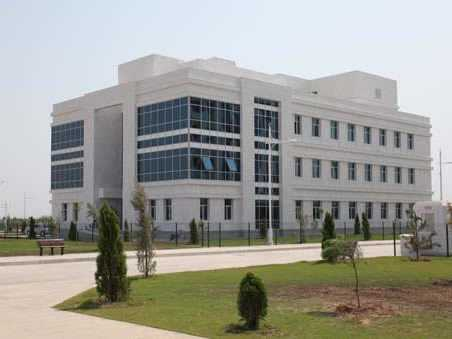 Altı Hastane